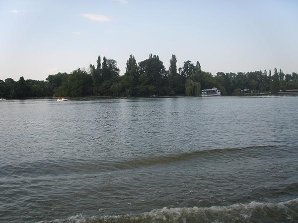 Circuit turistic pe lacurile Capitalei