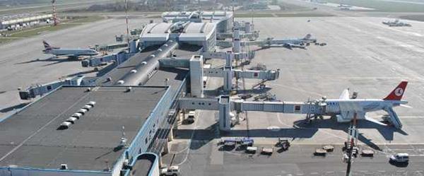 UEFA ne obligă să construim metrou până la Aeroportul Henri Coandă